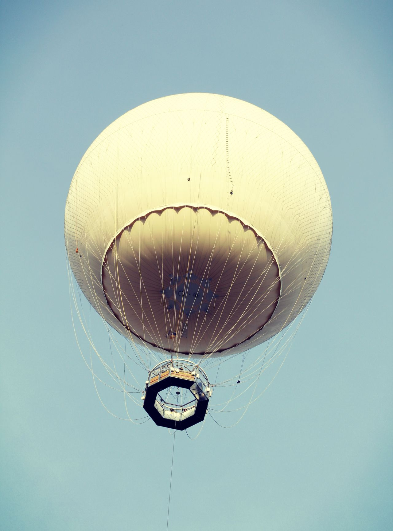 Clear Sky Day Flying Hot-air Balloon Low Angle View Mongolfière Outdoors Sky EyeEmNewHere