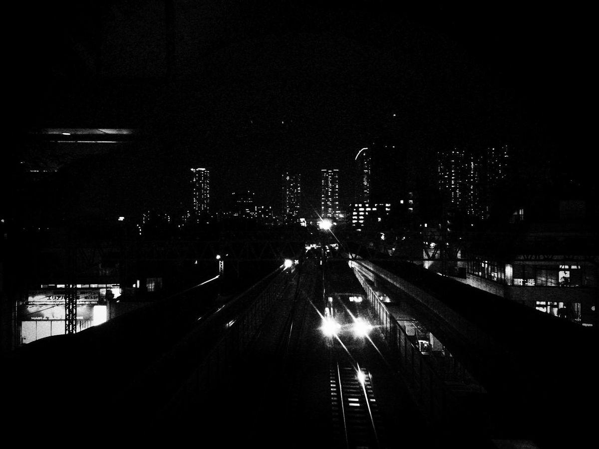 休みの日は、あっという間に過ぎてしまいますね。明日からまた、頑張りましょう。 Nightphotography Night View Train Train Station Motosumiyoshi Kawasakicity Kanagawa Tadaa Community Hello World