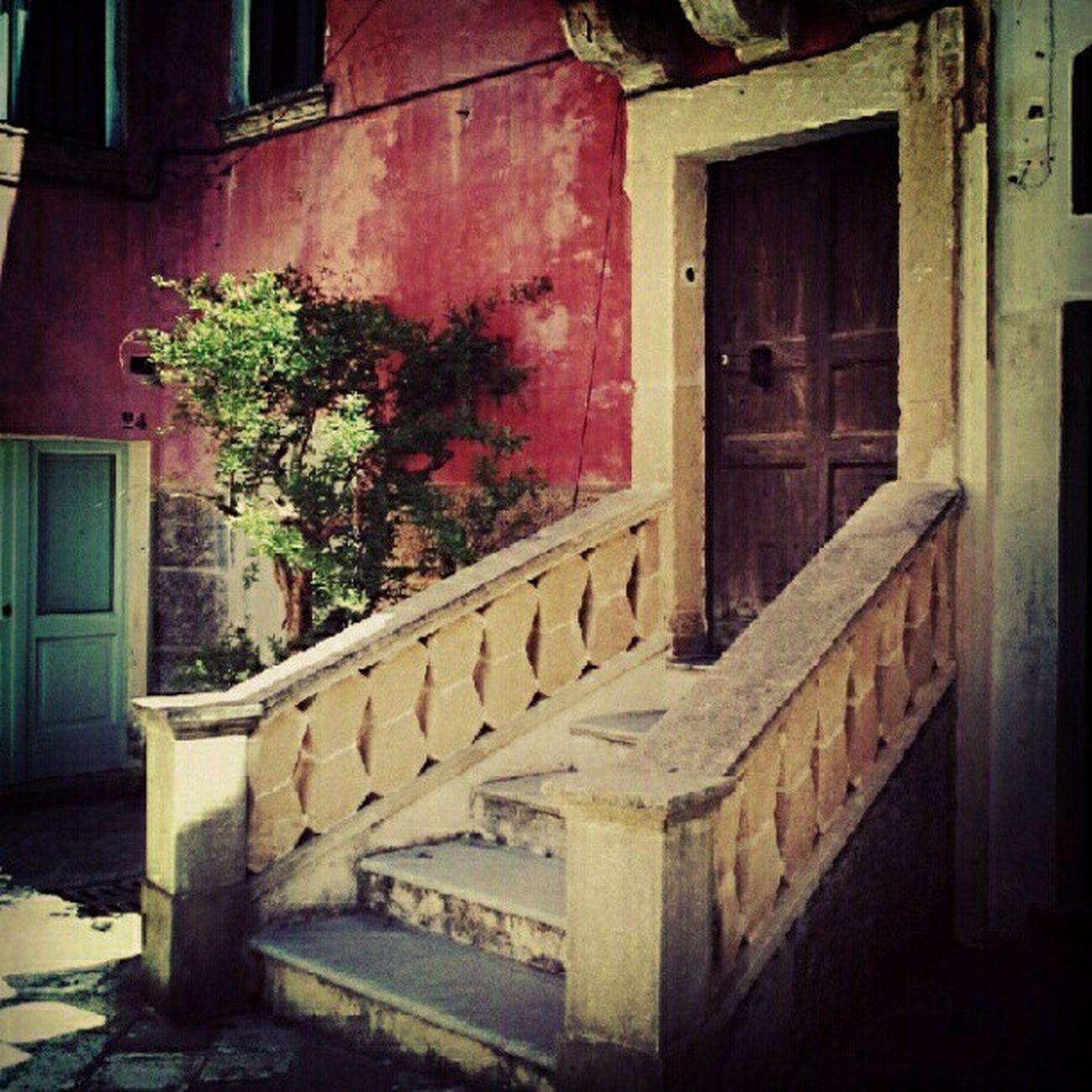 Salento Specchia Door Doorcityporn doorporn behindthisdoor streetphotography apulia porta Puglia ilovedoors igerspuglia igersitalia webstagram