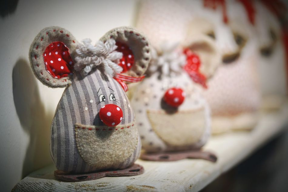 Creativity Decorated Collection Red Christmas Ornament Backgrounds Arrangement In A Row For Sale Choice Sony Fiera Bergamo Stoffe Pupazzi Multi Colored Homeworks Leisure Activity Full Frame Colorful 42mpx Mark2 Sony A7 Mark Ii Sony A7rm2 Luca Riva Merchandise Large Group Of Objects