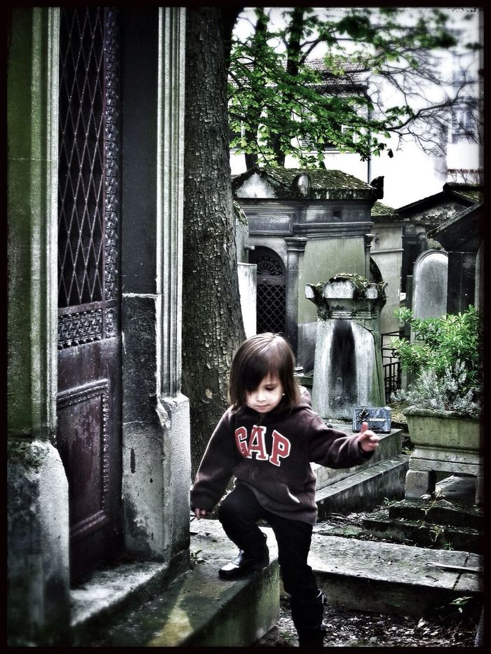 She's my granddaughter, for sure! Loving cemeteries at 4 yrs. old. Père Lachaise Historic Cemeteries EyeEm Best Shots
