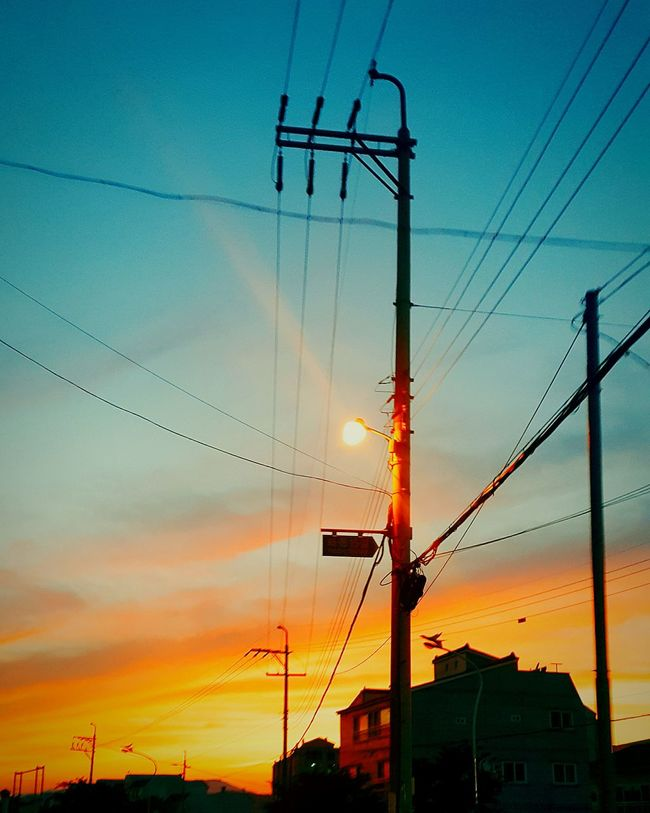 Hanging Out Hello World Check This Out Taking Photos Relaxing Enjoying Life Korea Visit Korea Southkorea Lol :) ASIA Travel Trip Summertime Skyporn Sky Colorful Summmer  Sunset Sun Orange Sky Sunset