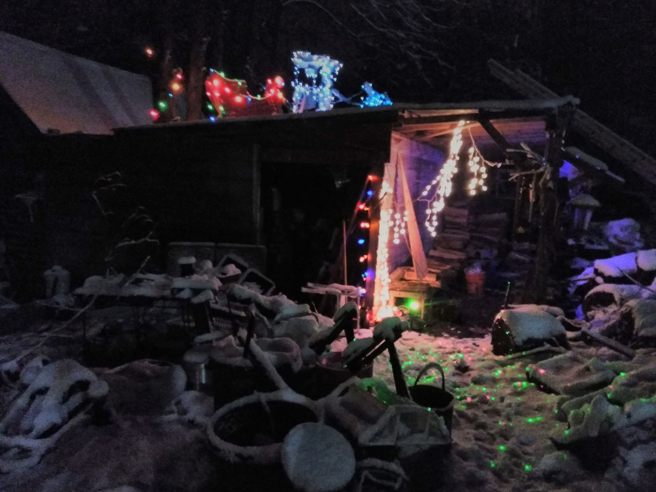 all natural photography Natural Beauty Unedited Photo Winter Wonderland Magical Place Barn Lights Festive Season Snow ❄ Georgia Love ♥ Family's Here Night Illuminated No People Christmas Decoration