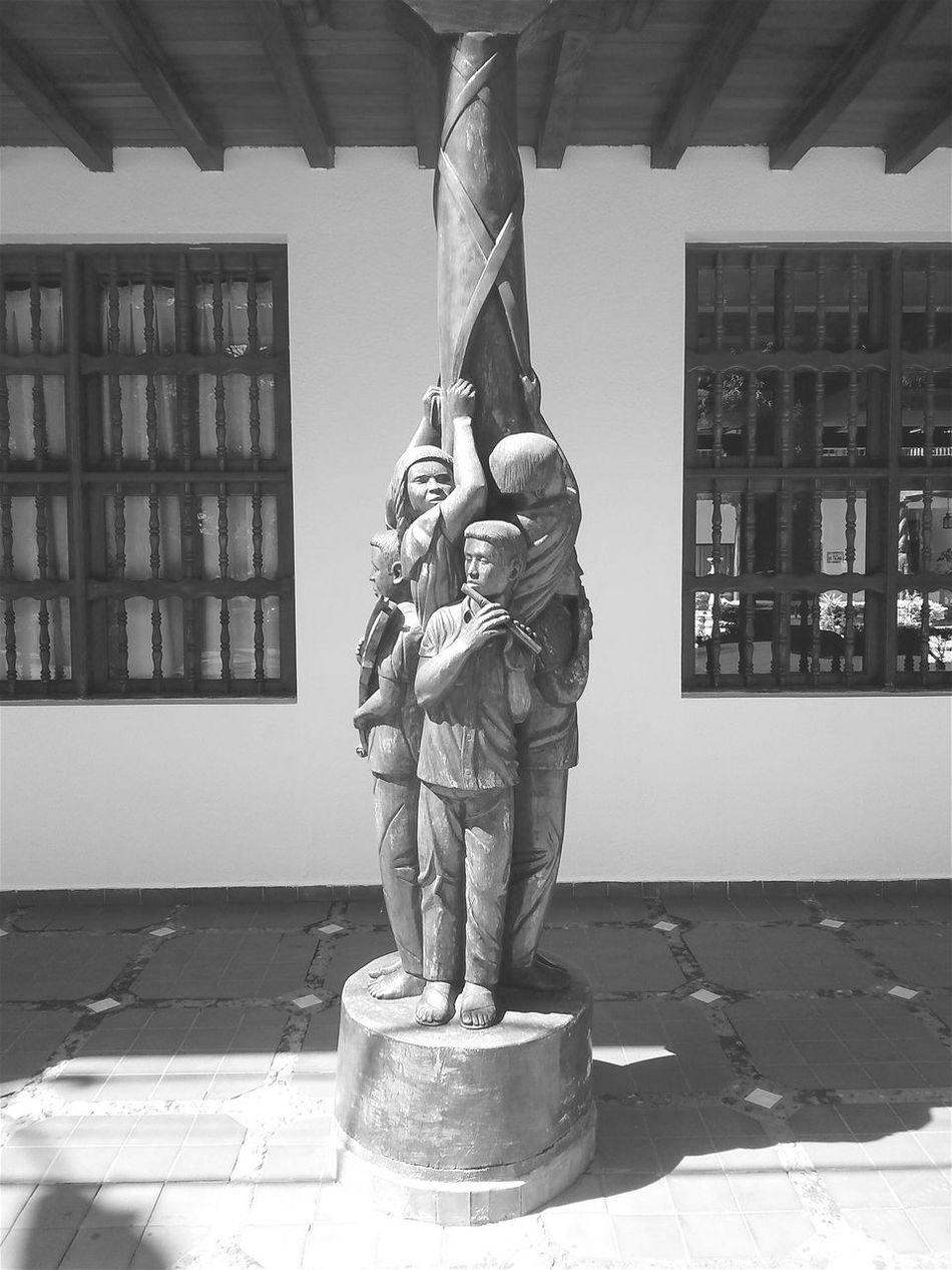 San Ignacio de Velasco, tierra de cultura viva. SanIgnaciodeVelasco Chiquitania Tallado ExperienceBolivia Photography