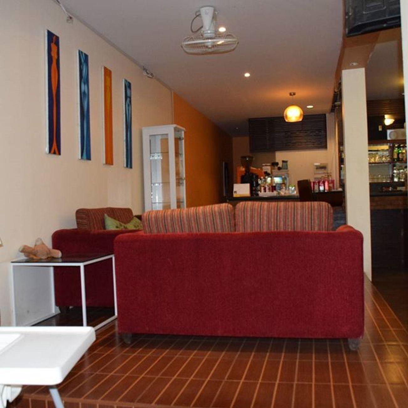 มุม sofa ของร้านครับ Huahinaerialteam MangoCoffee
