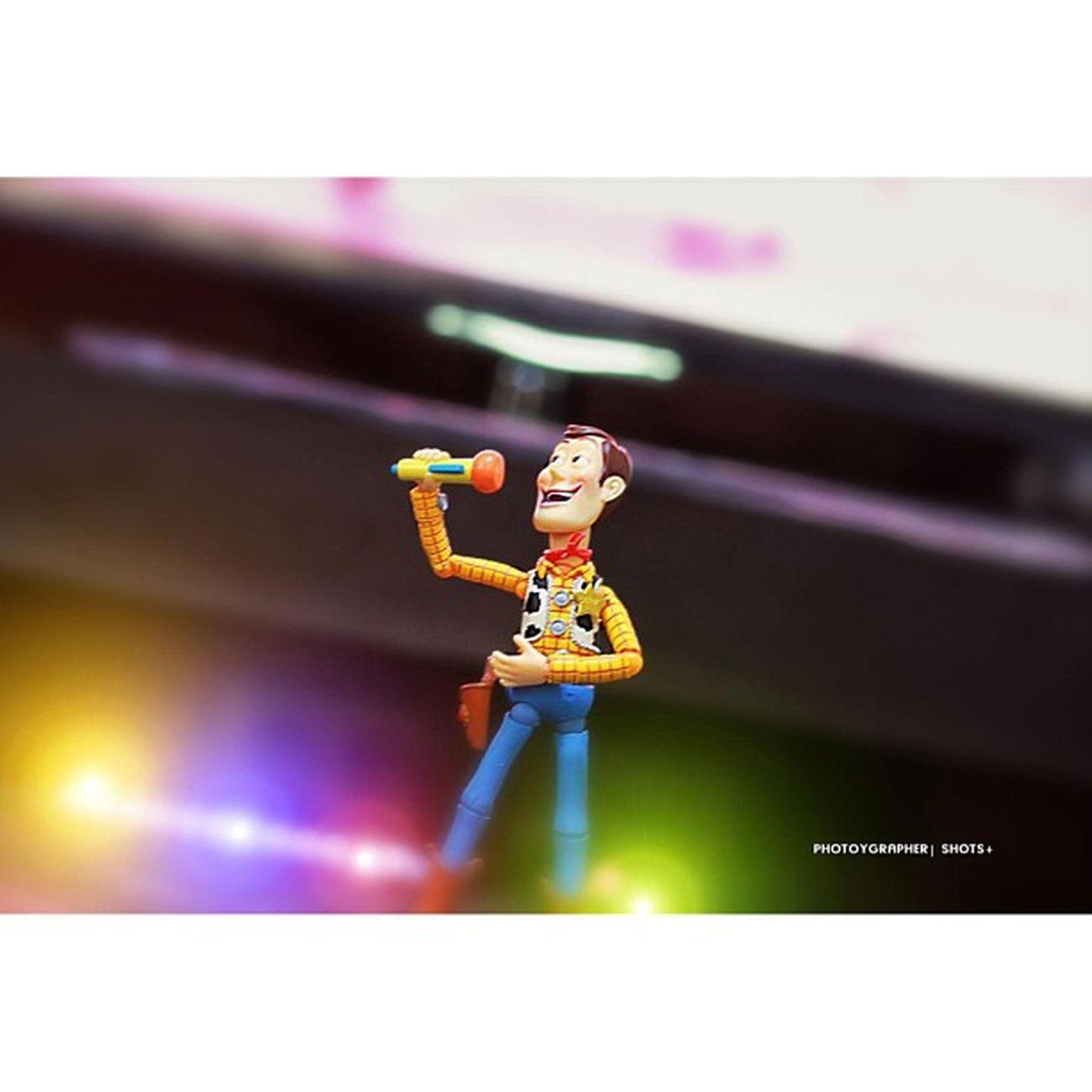 """""""Karaoke King"""" Toypops Toyhumor Toycrewbuddies Toyquest toys4life toystark toystagram toyrevolution toycommunity toyslagram revoltech toyartistry InstaSize woody"""