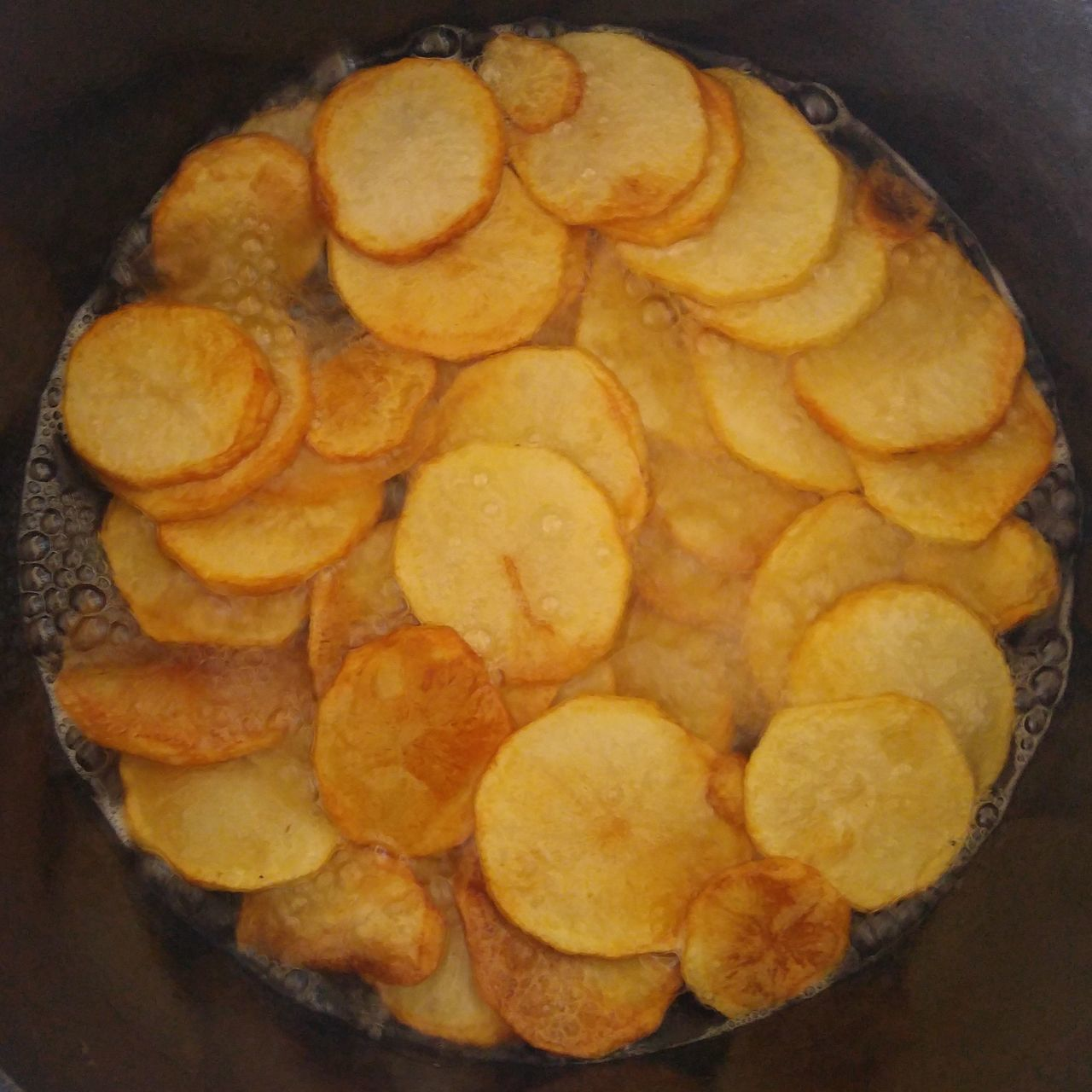 Chips/Crisps Food And Drink Indoors  Salty Food Homemade Snack Time Mom's Cooking Chips Crisps Healthy Snack Cast Iron Cooking Food Close-up No People Freshness Ready-to-eat Day