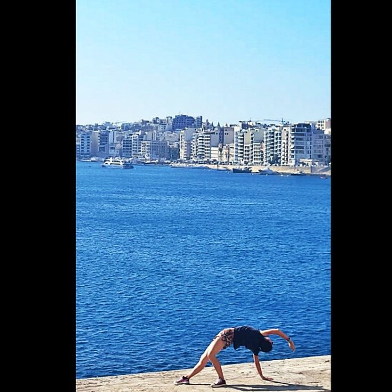 Open your heart. And walk where your heart leads you 🐳 Dailyogabydicle Tgif Bend Yoga View Malta Travel Holiday Yogagirl Yogateacher Aycyambassador Worldtraveler Askileyap Yogaeverywhere Yogaeverydamnday Sea Nature Bestoftheday Yogadaily Instadaily Fitlife Friday Askileyap