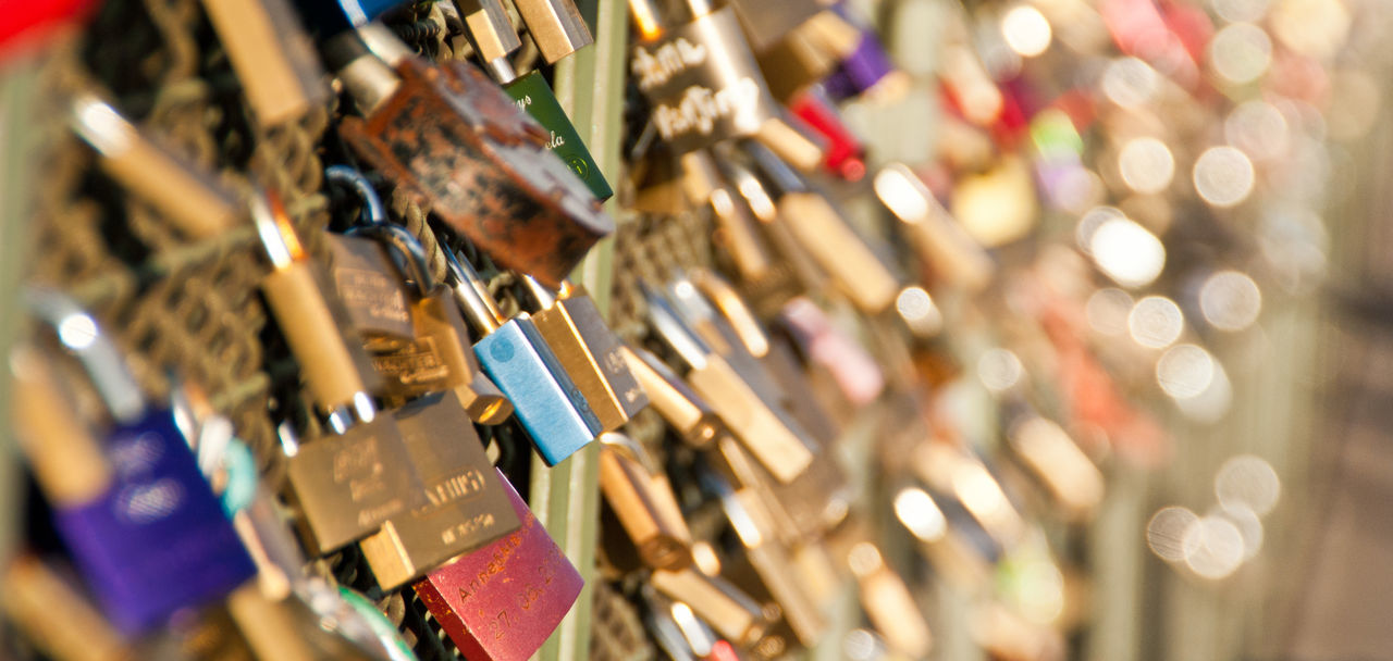 Abundance Close-up Day Deutzer Brücke Gold Gold Colored Köln Large Group Of Objects Liebesschloss Liebesschlösser Lock Love Lock Love Locks Metal No People Outdoors Padlock Protection Schloss Schlösser Selective Focus Vorhängeschloss
