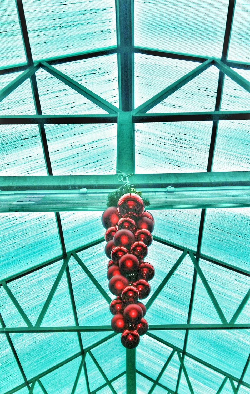 Looking At The Ceiling Ceiling Design Let's Do It Chic! Walking Around Pastel Open Edit Life In Colors Showing Why I Could Be An Open Editor Cleaning My Account At EyeEm Taking Photos Beatiful Cristmas Decoration Design Streetphotography Walking Around The City  Shopping Center
