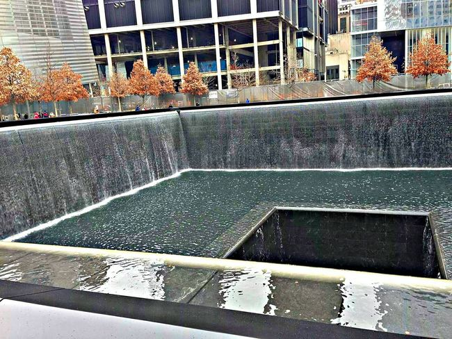 Newyorkcity 911 Memorial Fountain 911memorial NYC WOW Automne Taking Photos Beautiful