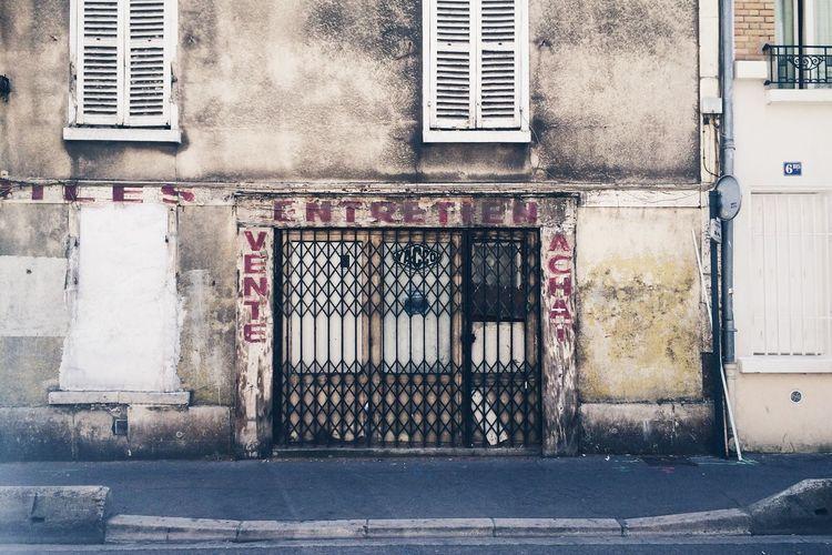 Garage Automobile Reparation Vintage Front Paris