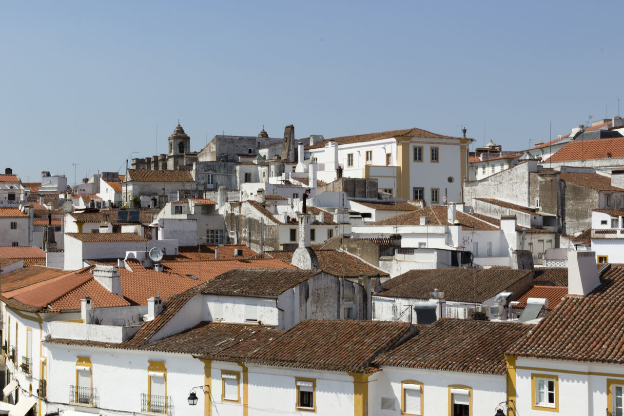 Alentejo city - Évora Alentejo Alentejo,Portugal Architecture Building Exterior Built Structure City Clear Sky Crowded Day House Outdoors Portugal Portugaldenorteasul Residential Building Residential District Roof Roof Tile Sky Town Townhouse White Houses White Houses In Landscape Évora
