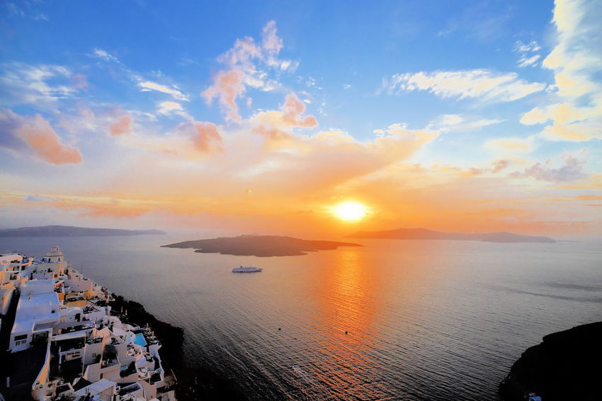 Sunset Sky Sun Sea Cloud - Sky Beach Travel Destinations Greek Islands Thira Santorin Thirassia Greece Island Sea Greece Santorini Island Greece2017 Fira Santorini Fira Sunlight Horizon Over Water Landscape