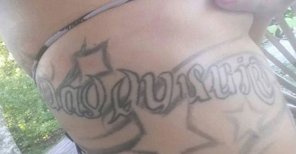It says daddy's girl one way and the other is Deannelson the love of my life