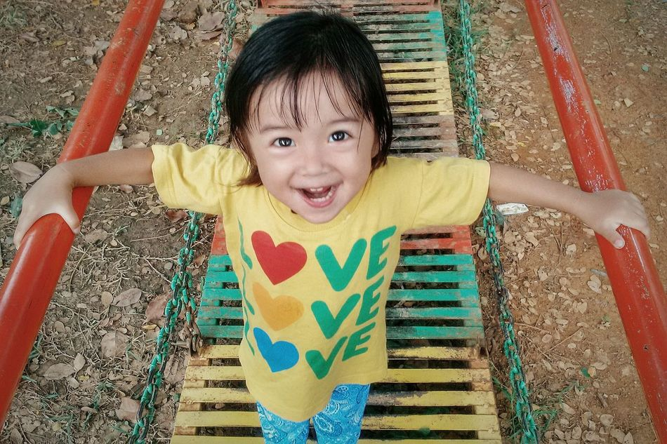 Children Photography Taking Photos Eye4photography  Expression Kidsphotography VSCO Vscocam IPhoneography Iphonesia Putro Neyma Child Enjoying Life My Best Photo 2015 Sweet Smile Asian Children Cute Kids