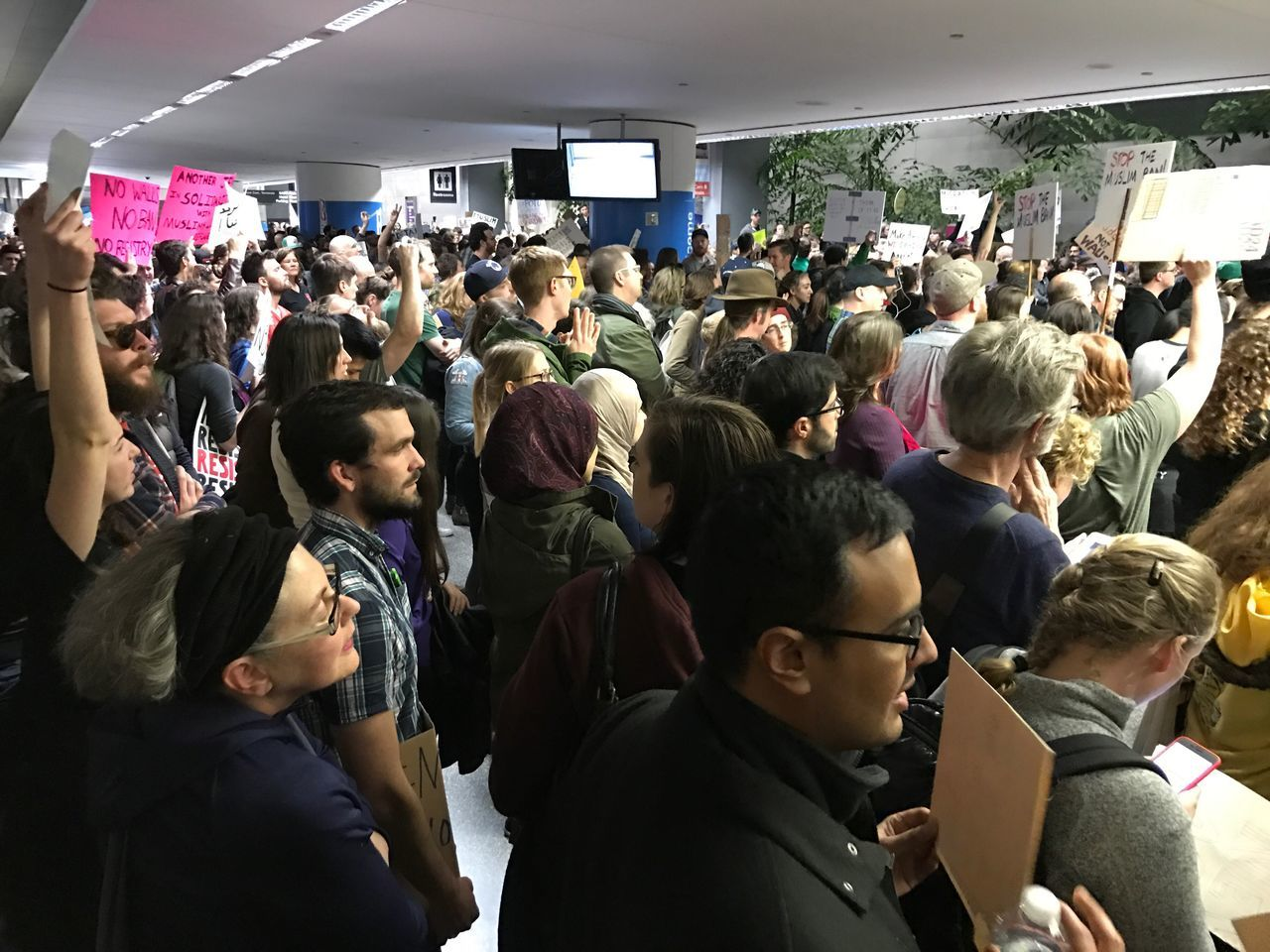 Yes we can. Protest at SFO on MuslimBan