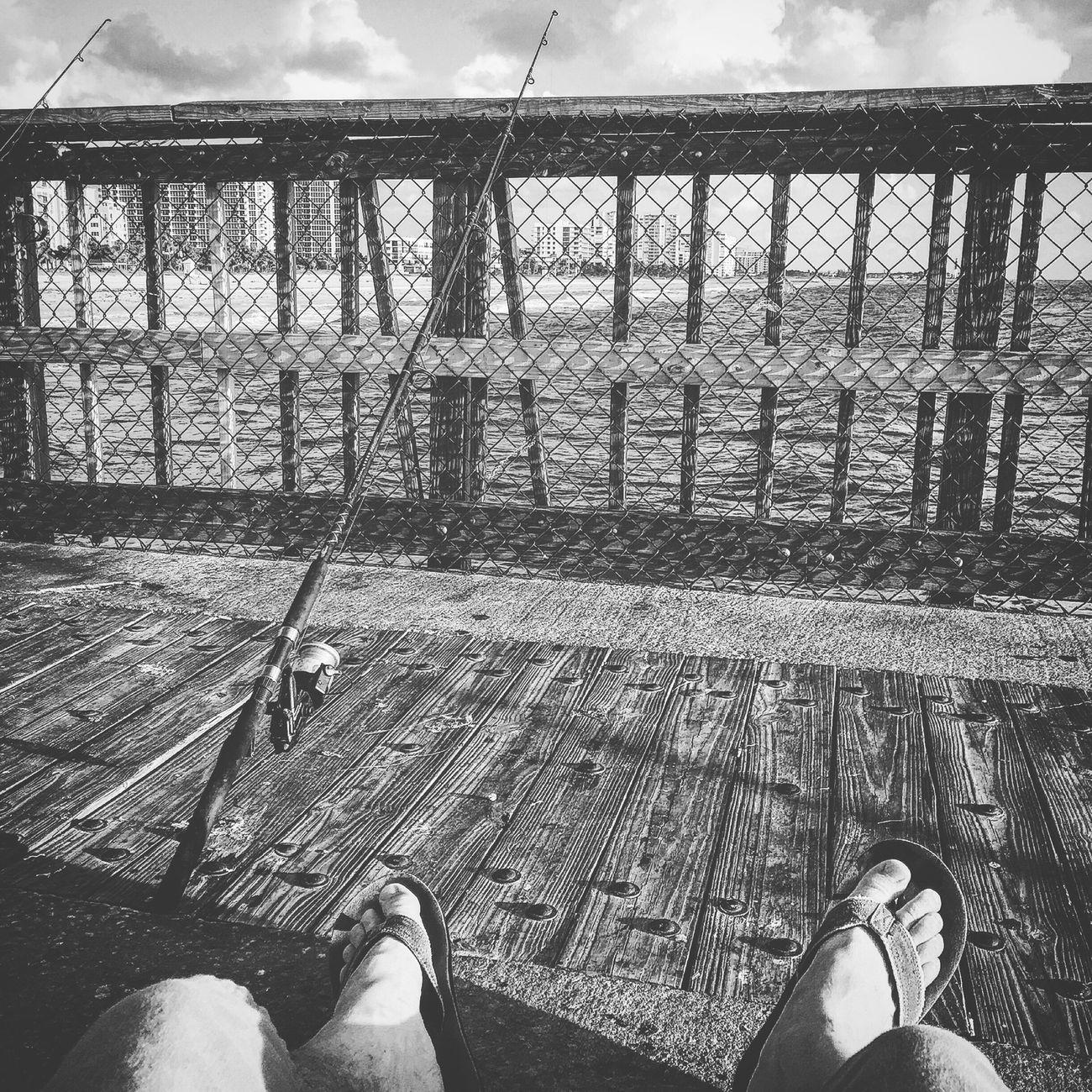 Relaxing Blackandwhite Photography Blackandwhite Being A Beach Bum Life Is A Beach