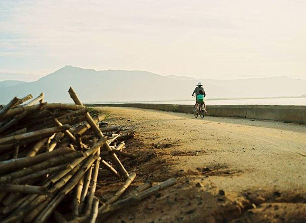 Yesterday... Analogphoto Analogcamera Analog Analogue Film Filmphotography Filmcamera Filmisnotdead Ishootfilm Istillshootfilm MAMIYA645 80mm Kodak Portra 160 Kodak_photo NinhThuan Vietnam