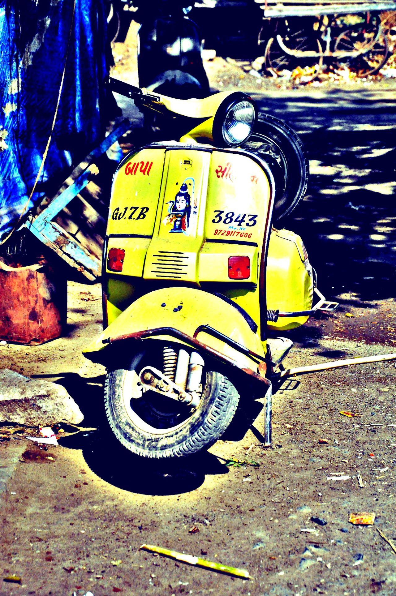 Transportation Mode Of Transport Outdoors Messy Shadowandhighlight Edited Schooter Vihicle The Great Outdoors - 2016 EyeEm Awards Vhshah Yellow Color Poorpeople Modern Vintage Modern Vintage Photography Gujarat Gujarati People Vehicle Vehicle Photography