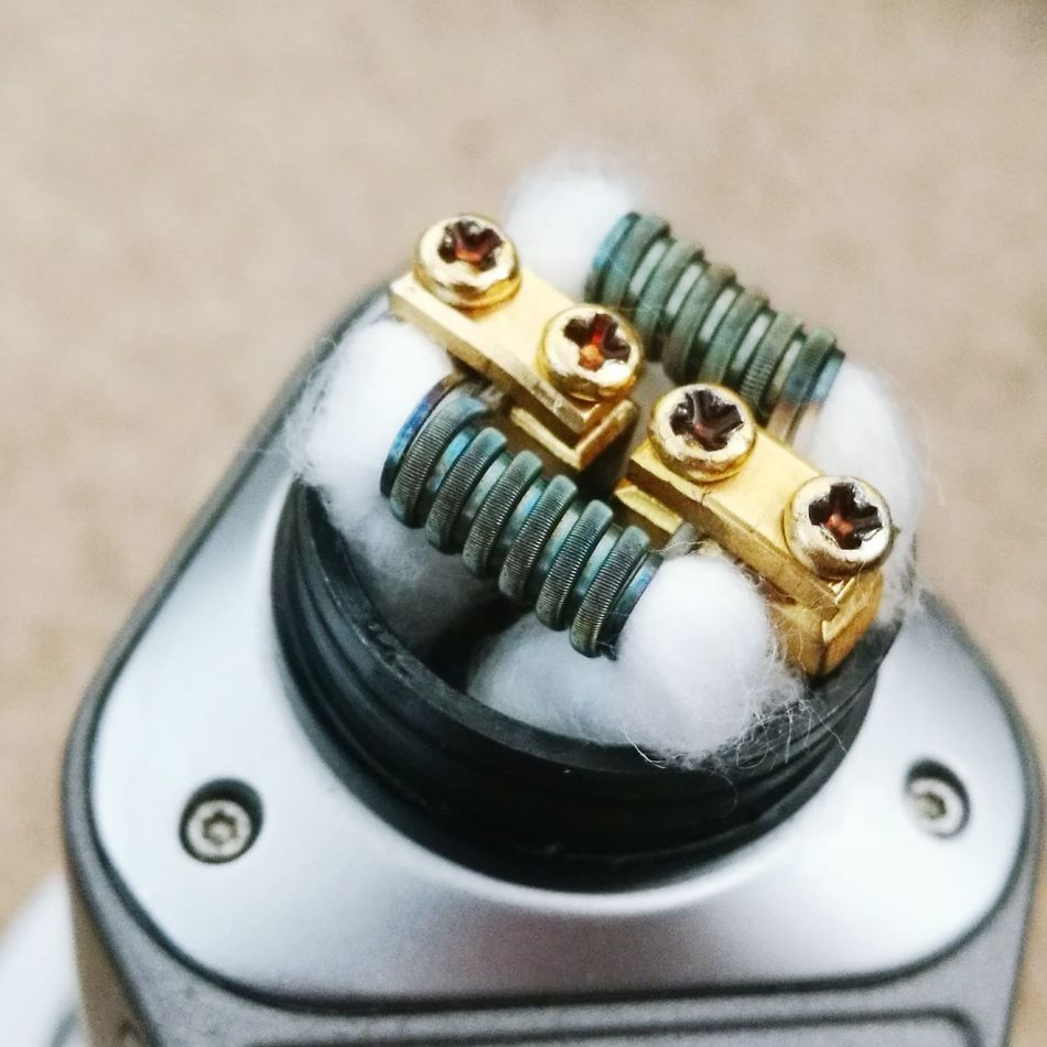 Nice clean colours on these fused claptons in the good rda Close-up Cleanbuilds Vapeporn Vape Vapelyfe Vapelove Dna200 Goon Music Close-up No People Indoors