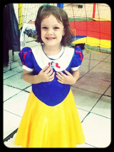 Little Snow White Meeting Birthday Party