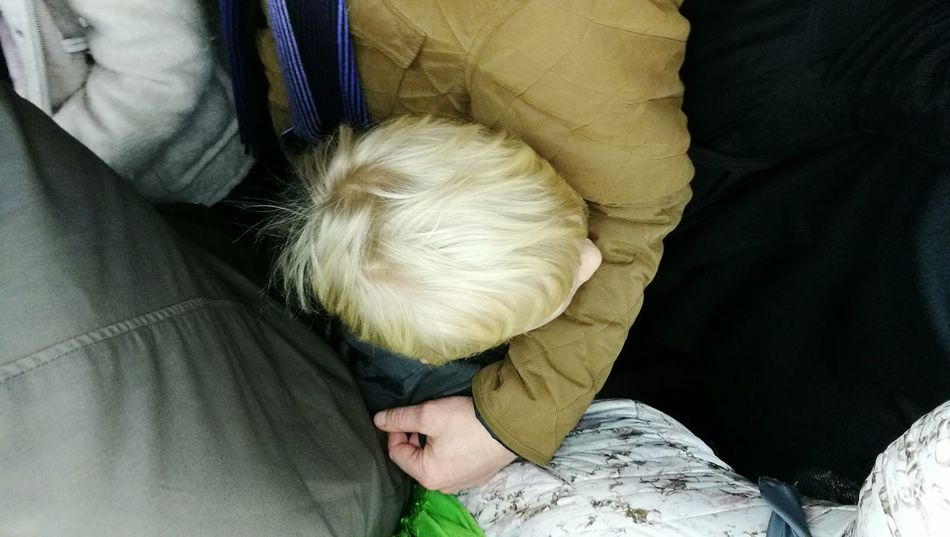 One Person On The Train Close-up Conjestion Human Body Part London Transport Photography Traveling Travel Tube Croud Blond Squeezing EyeEm Best Shots Eyeem Photography Transportation EyeEm New Here Eye4photography  Squized Child Public Transportation