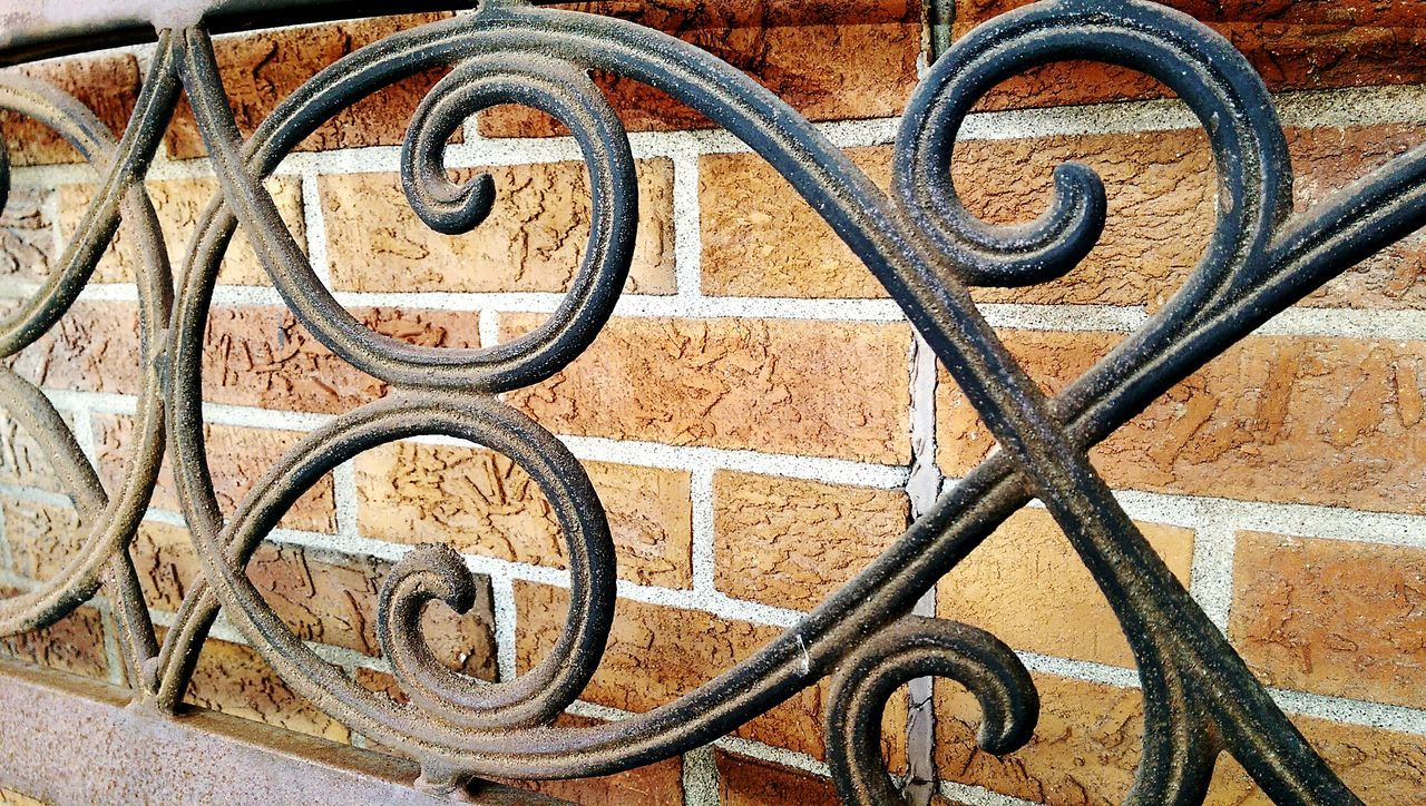 metal, backgrounds, wrought iron, rusty, full frame, black color, no people, outdoors, day, close-up