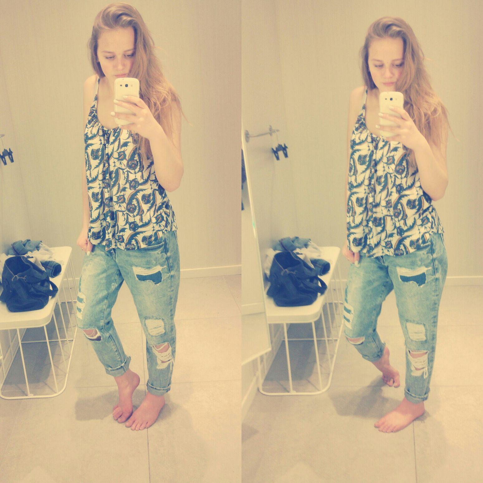 H&M♥ Street Fasion H&m Jeans Blonde ♡ Samsung White Perfect Follow Me On Instagram That's Me Girl Egle Krusinakaite 💙