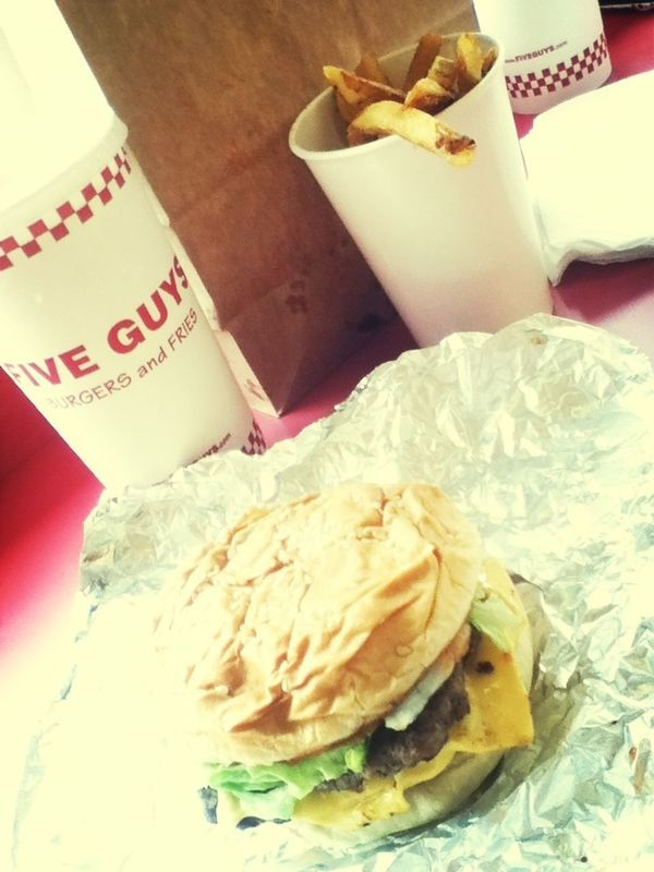 omg I've been missing out lol They didnt have 5guys in my area in Cali but kinda tastes like, in n out burgers back home lmao Food EyeEm Best Shots Taking Photos Foodporn