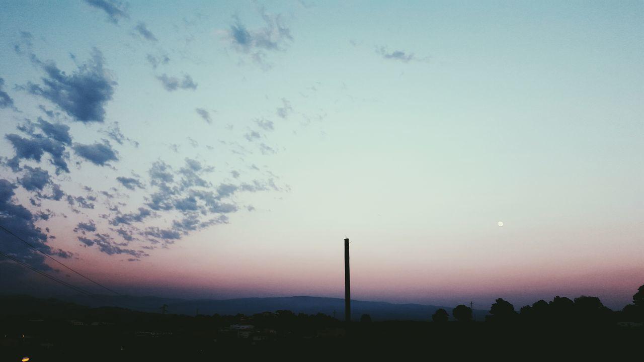 Beautiful stock photos of mond, sunset, sky, nature, beauty in nature