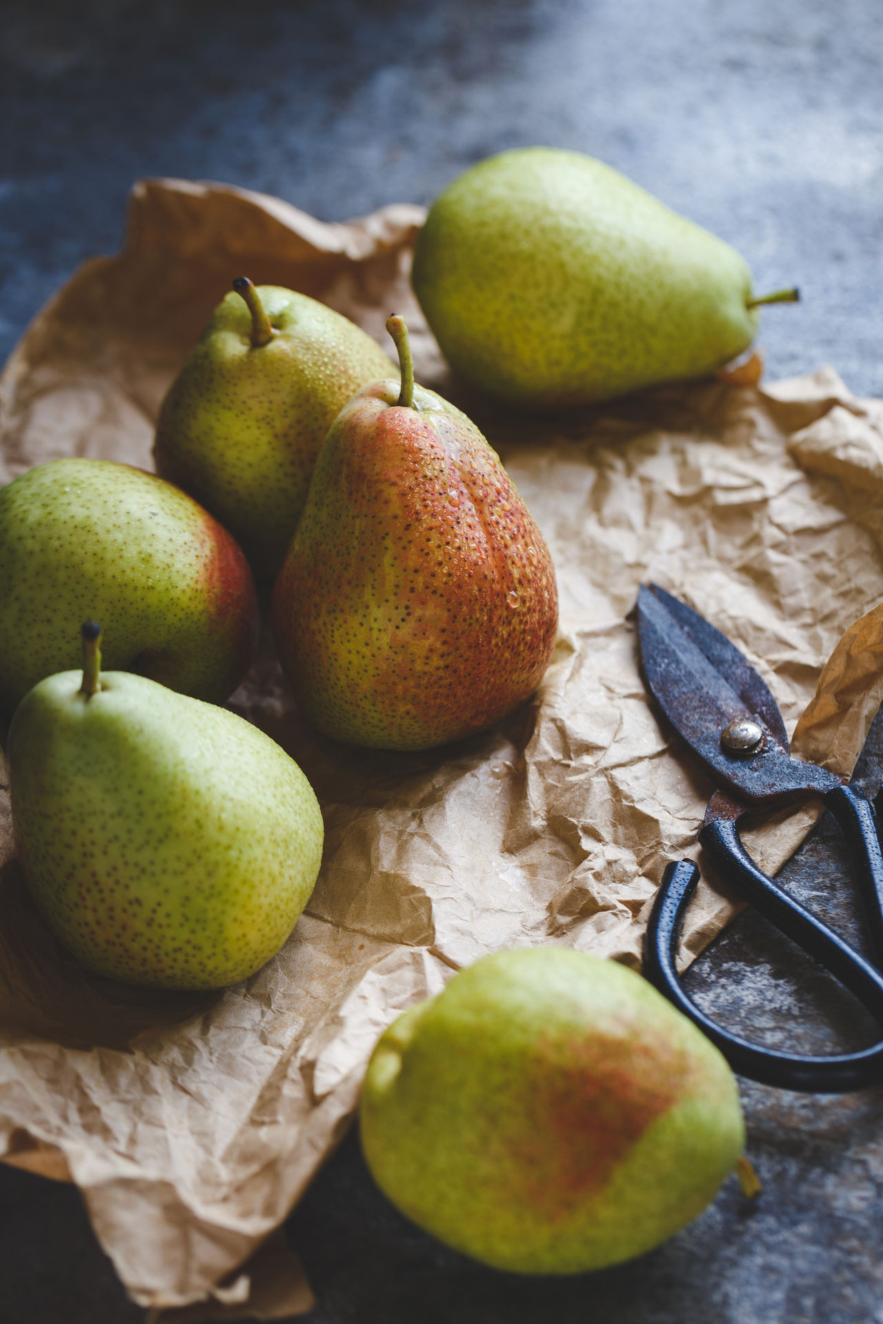 Forelle Pears Agriculture Art ASIA Backgrounds Darkness And Light First Eyeem Photo Food Food And Drink Fresh Fruit Healthy Eating Old Wood Paper Pear Pure Raw Sunlight Sweet Tasty Vietnam Vitamin
