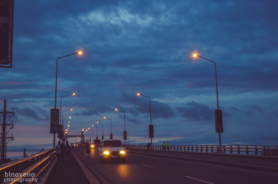 Long drive home. Nikon Nikon D3200 Nikonphotography City Lights Bridge Architecture Cebu Mactanbridge Philippines First Eyeem Photo