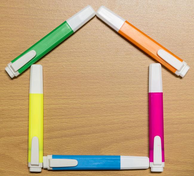 Magic Pen on wood floor Color Color Magic Floor Highlight Color Pen Highlight Pen Home House Magic Magic Pen Multi Colored Multicolor Pen Wood Wood Floor