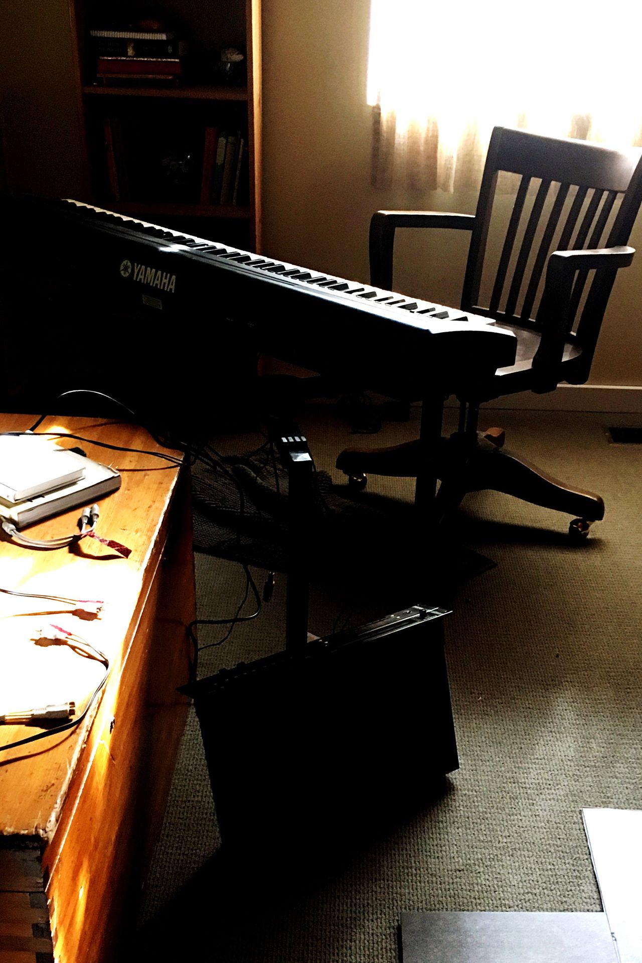 Electric Piano Keyboard Instrument Piano Morning Indoors  No People Sunlight Music Arts Culture And Entertainment Sound Recording Equipment Day Jazz Neo Soul Casual Making Music Bedroom