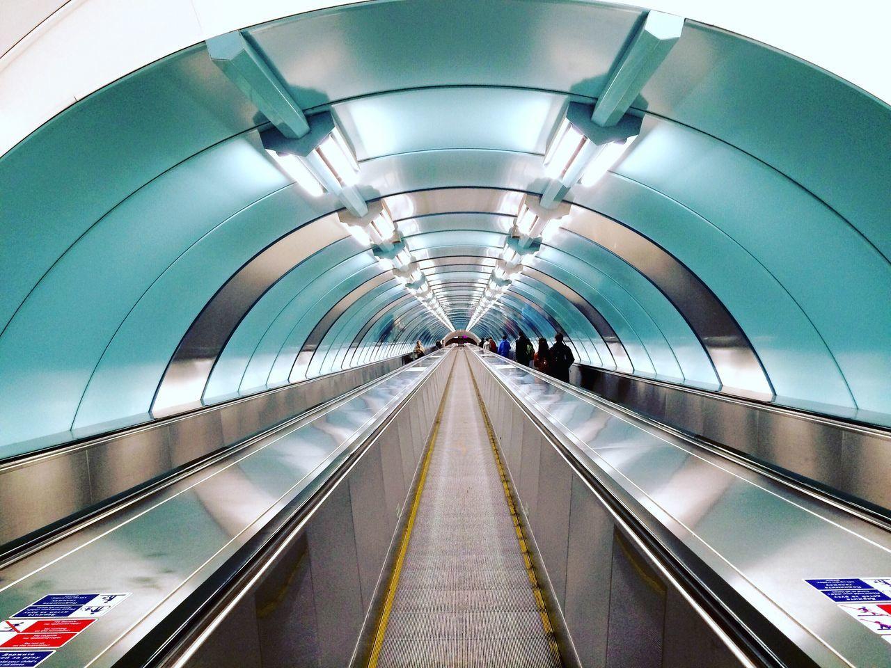 Beautiful stock photos of abstrakt, Arch, Connection, Convenience, Escalator