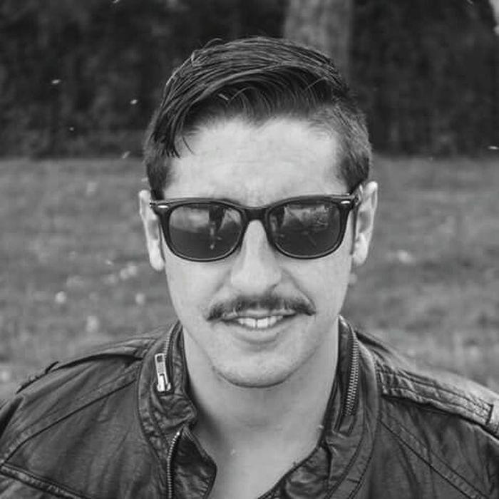 Baffi Moustache