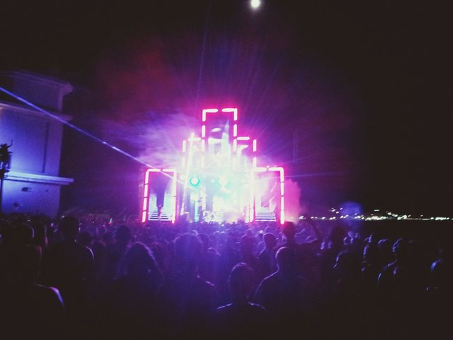 Edm ❤ EDM Girl Edm Nights Music <3