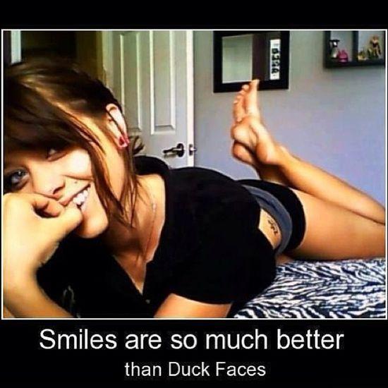 Girlz Girls Women Modernwomen smile duckface
