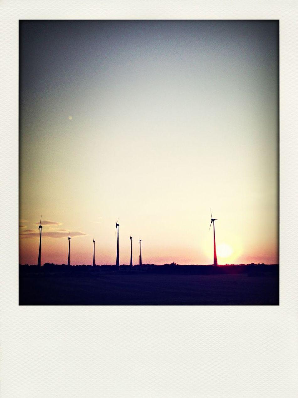 #sunset #sun #clouds #skylovers #sky #nature #beautifulinnature #naturalbeauty #photography #landscape Sunset Enjoying The Sun Landscape