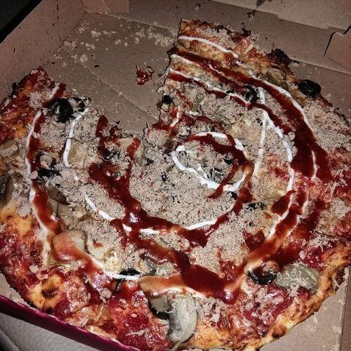 Pizza بيتزا