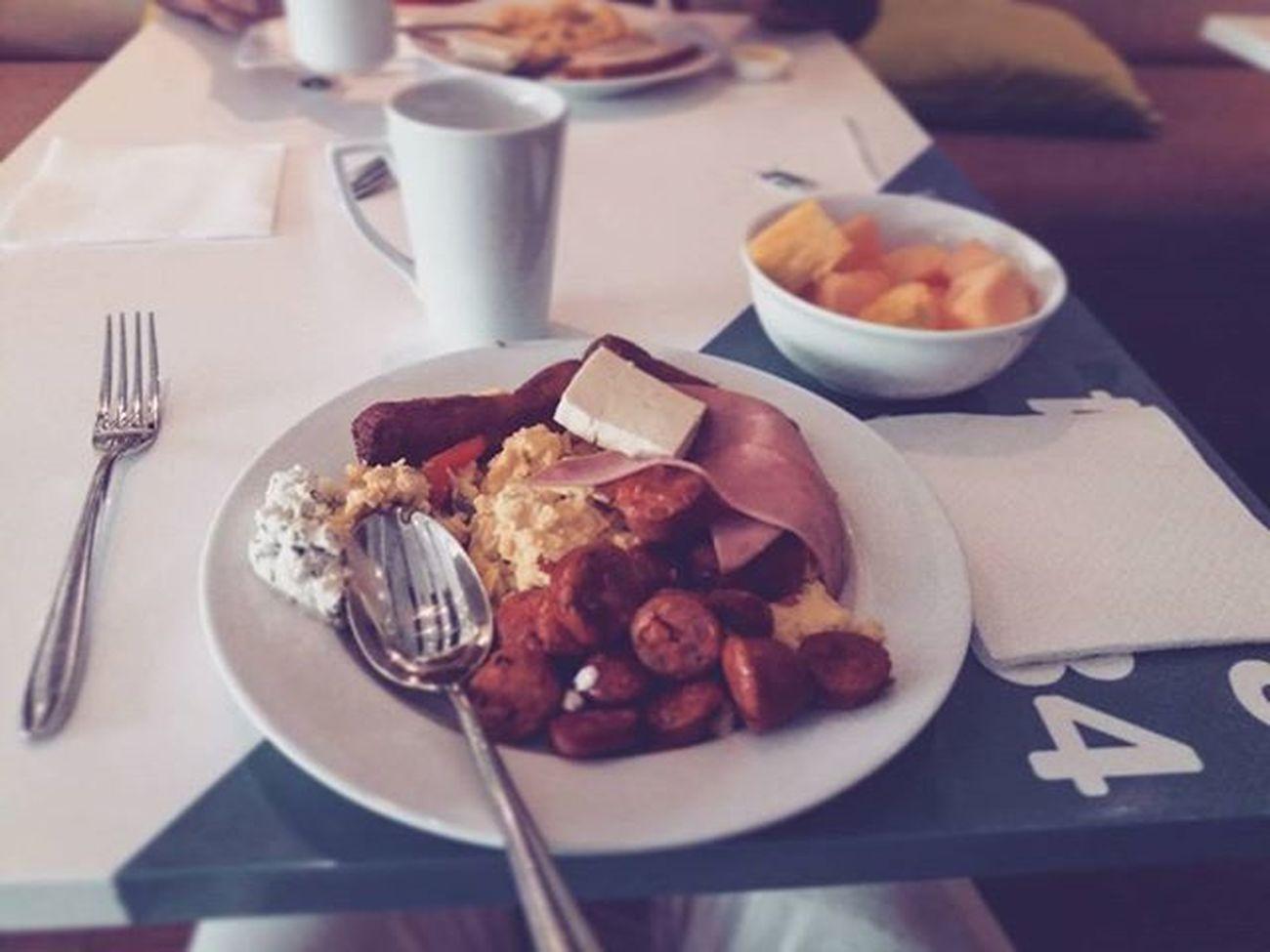 Recargar energias para el primer...🍴🍳☕💯✅🙏🎹shows a romper tarima @soyairboy Thetimehascome TourPromoDondeEstasBquilla Breakfast Like4like Likeforlike Dream Barranquilla Colombia Dios Djs Hotelhampton Artist Hiltonhotel Breakfastofchampions