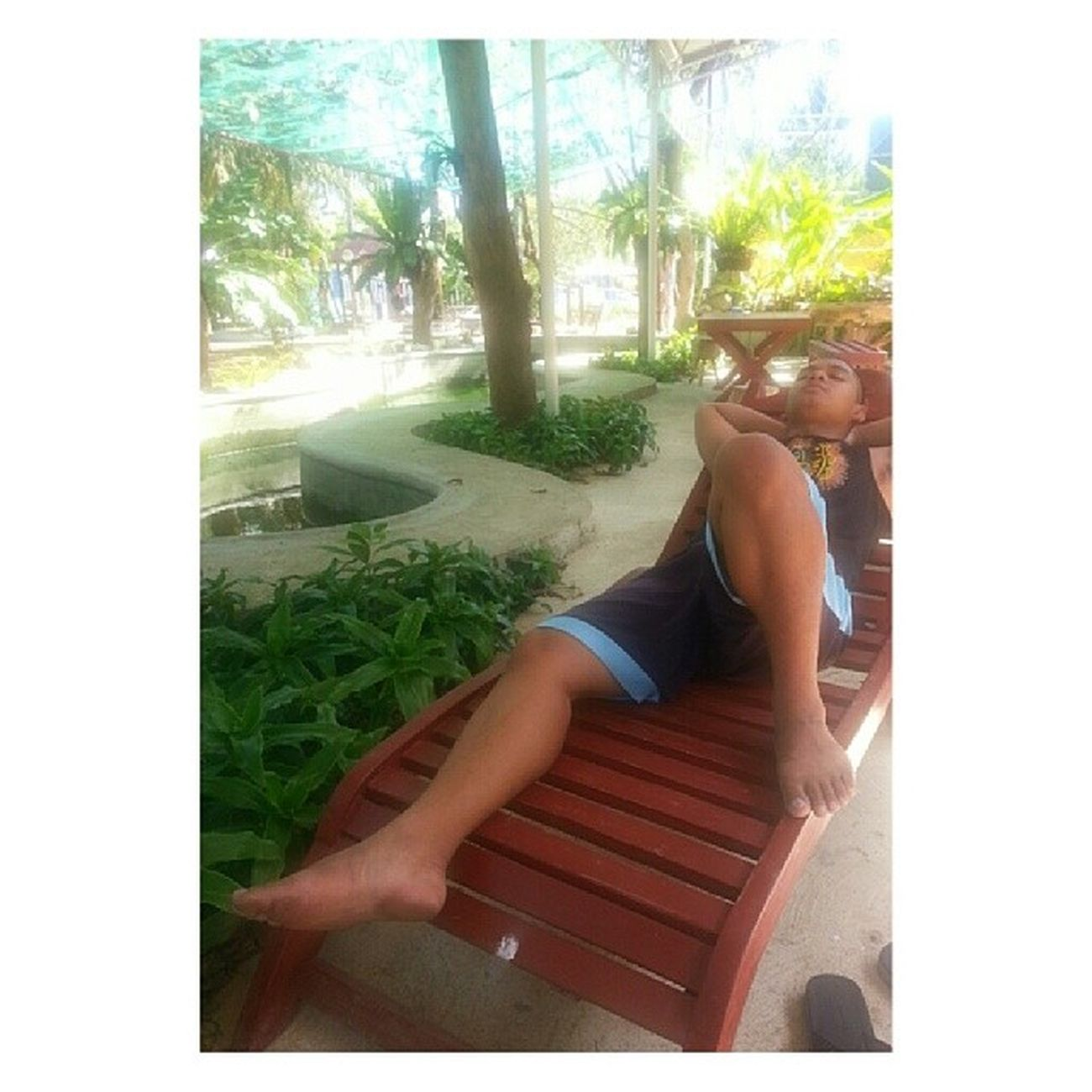 Sun bathing? No. He was sleeping! Excited man gud mag swimming mao walay tug. :p ✌Summer March