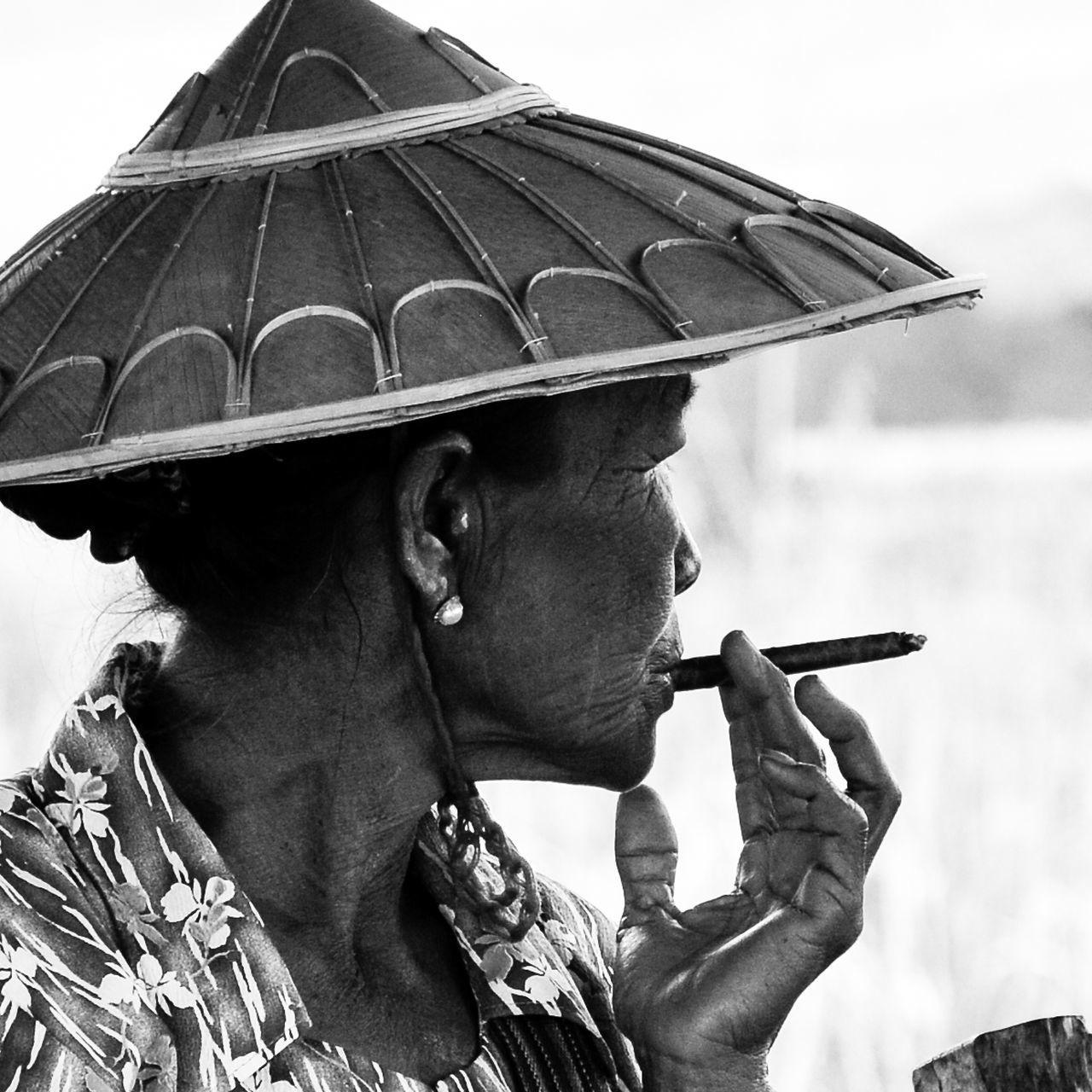 Birman  Birmanie Black & White Myanmar Portrait Portrait Of A Woman Smoker Woman