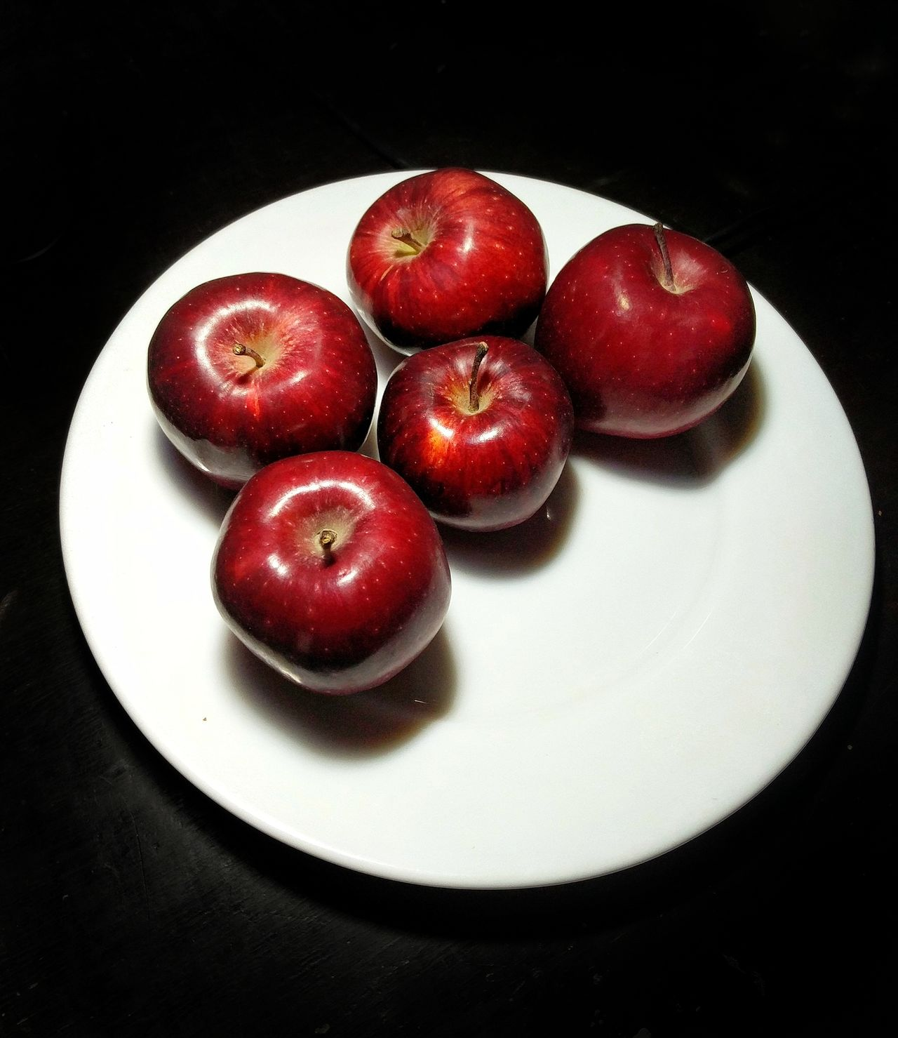 Beautifully Organized Red Freshness Plate Food Fruit Ready-to-eat Healthy Eating Black Background First Eyeem Photo Food And Drink No People Indoors  Close-up Day New Talent This Week New Talent Popular Popular Photos