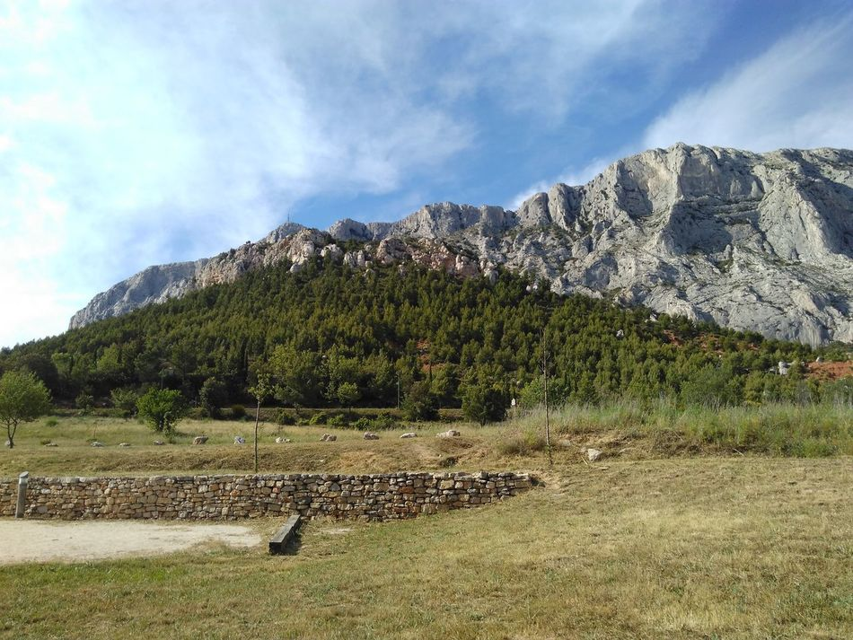 Escaping mountain Sunday Take A Walk Aix En Provence Sainte Victoire First Eyeem Photo