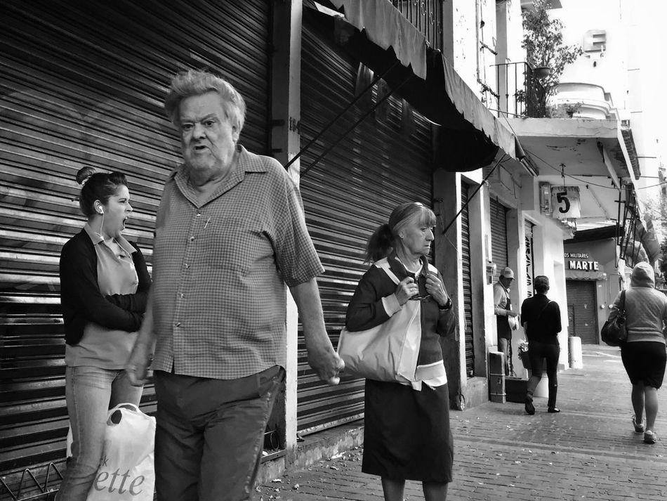 A hard beginning Street Photography NEM Street Blackandwhite NEM Black&white Streetphoto_bw Streetphotography Monochrome Black & White Streetphoto NEM Submissions