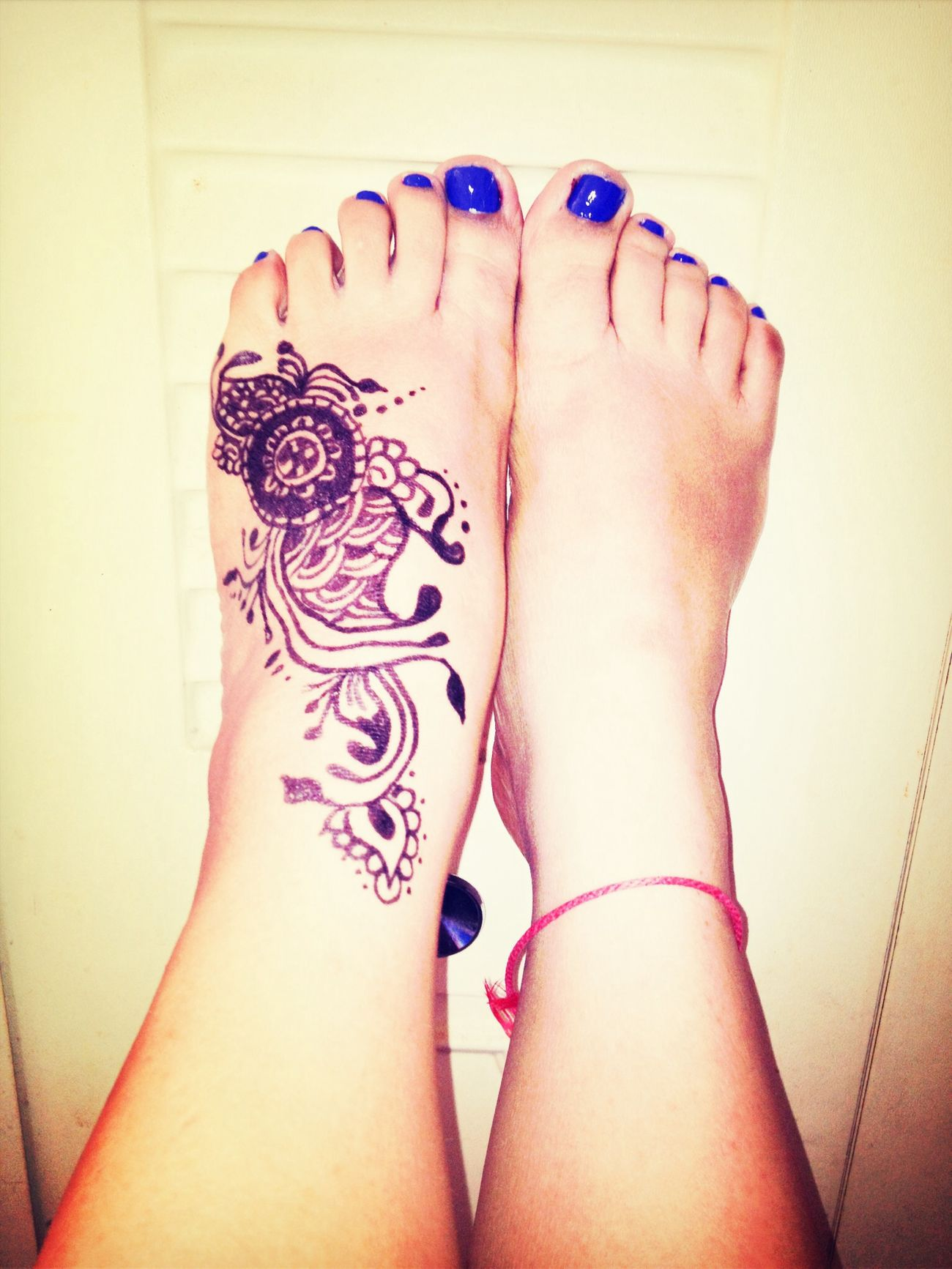 Indigo blue + mehndi My Feet Mehndi Indigo Blue Adrisphotos