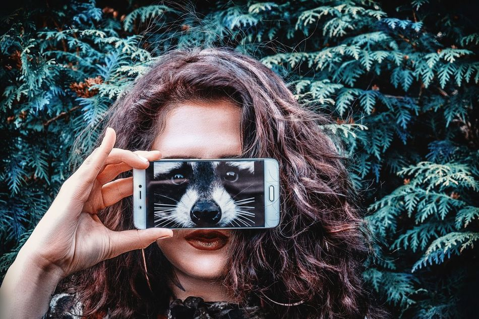 SMARTPHONE MASK Mobile Conversations New Reality One Person Looking At Camera Portrait Wireless Technology Real People Technology Photography Themes Lifestyles Front View Human Body Part Human Hand Mobile Conversations EyeEmNewHere Mobile Conversations Wеlсоmе Wеекlу Welcome Weеklу