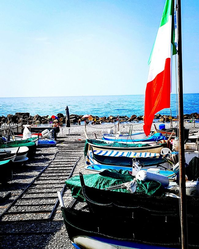 Hanging Out Taking Photos Check This Out Hello World Relaxing Enjoying Life Summertime Seaside Beachphotography Marina Boats Boating Beach Time Italy Italia Vintimiglia Vintimille Fishinh Net Fishing Boat